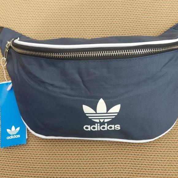 Adidas Originals Unisex Fanny Pack Bag cd04127220296